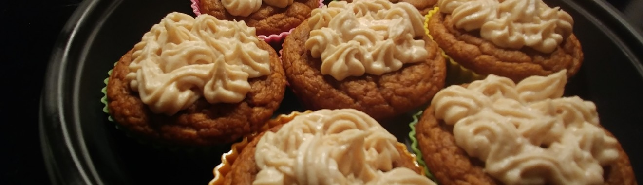 Low Carb Pumpkin Spice Cupcakes