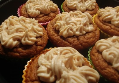 Low Carb Pumpkin Spice Cupcakes
